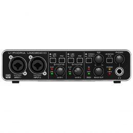 Interface de Áudio 2 IN x 4 OUT c/ USB U-PHORIA UMC204HD - Behringer