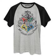 Camiseta Raglan Masculina Harry Potter Brasão de Hogwarts