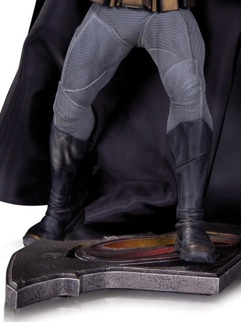 Estátua Batman: Batman Vs Superman: A Origem da Justiça - DC Collectibles