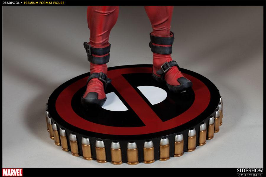 Estátua Deadpool: Marvel Premium Format Escala 1/4 - Sideshow