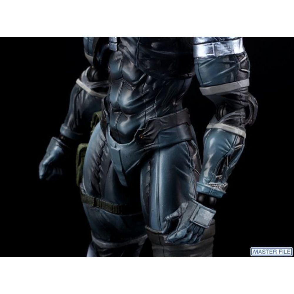 Boneco Raiden: Metal Gear Solid 2 - Play Arts Kai (Square Enix) - CD