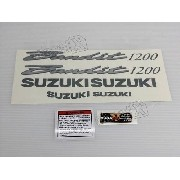 Jogo Faixa Emblema Adesivo Suzuki Bandit 1200n 2002 Vermelha