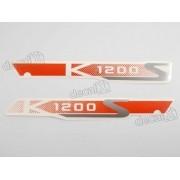 Emblema Adesivo Bmw K1200s Em Vermelho Par Decalx